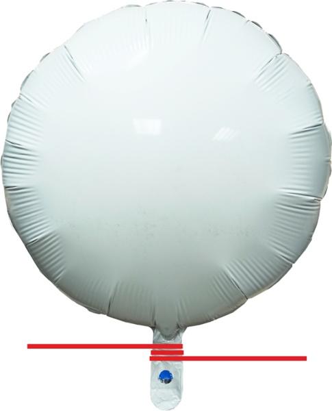 Привязывание фольгированного шара